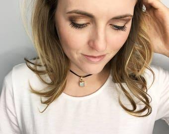 White Gemstone Choker - Black Velvet Choker- Black Choker with gemstone - Druzy Choker - Everyday Choker Necklace