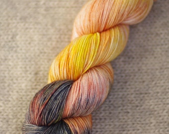 Hand dyed superwash merino sock yarn, 80/20 merino nylon sock yarn, kettle dyed, indie dyed yarn, peach yarn
