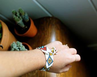 Native Hand Beaded Bracelet // Mid-Century