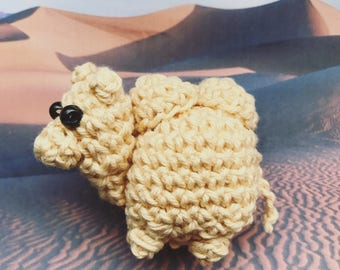 Little Camel Amigurumi, crocheted animal, presentidea, desert, stuffed animal, keychain, luckycharm