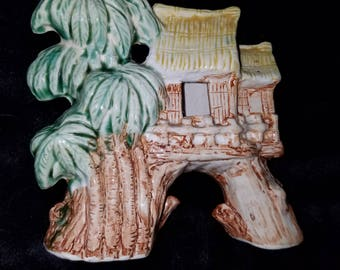 Vintage Aquarium Ornament/Decoration Tiki Hut and Palm Trees