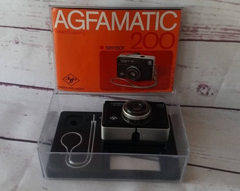 Agfamatic 200 sensor with instructions and original box vintage camera 70s