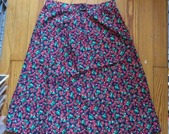 70s Strawberry Cotton Skirt with Pockets! - Small