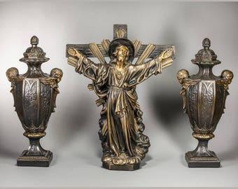 """25"""" Crucifix Two Vases Altar Set Polychromed Plaster Jesus Christ Angels"""