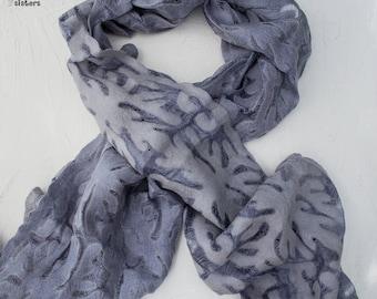 Gray ethnic silk-wool scarf