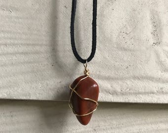 Voegesite Necklace, Chakra Healing Stone Jewelry, Gold Wire Wrap