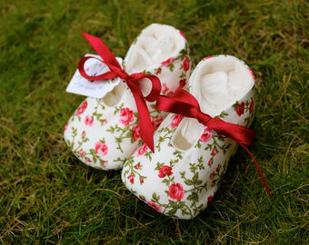Little roses Baby shoes - Several Sizes
