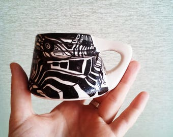 Ceramic coffe or tea cup