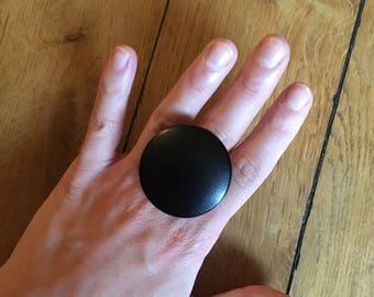 Black Paris Ulka button ring