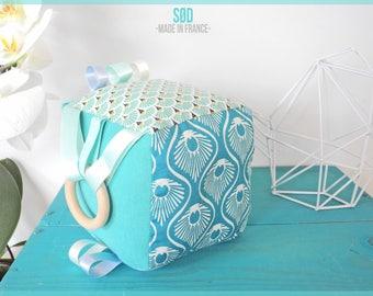 Baby sensory play cube