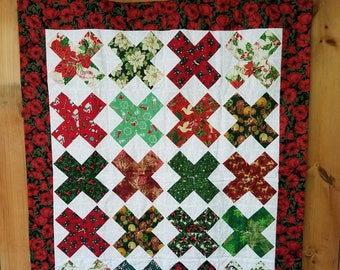 Christmas lap quilt, Christmas throw quilt, lap quilt handmade homemade all my X's