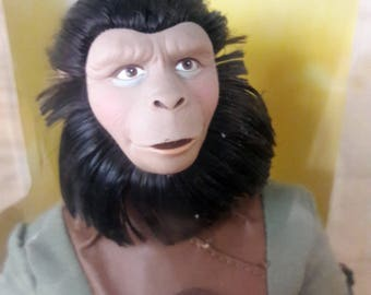 """1999 Hasbro """"Zira"""" - Planet of the Apes 12"""" Action Figure, Signature Collector's Edition"""