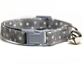 Grey with white dots Cat Collar with breakaway buckle