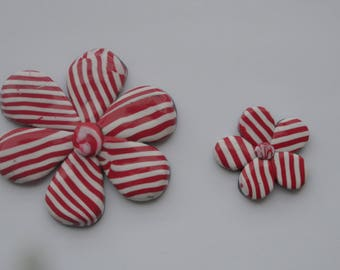 set of 2 pieces of polymer clay shapes flowers, stripes