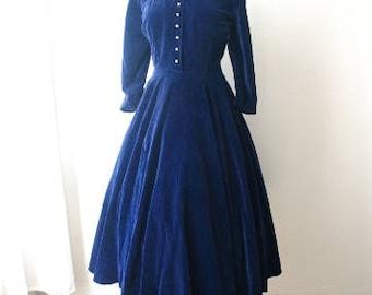 M 50s Blue Velvet Cocktail Party Dress Rhinestone Buttons Full Skirt Sleeves Winter Ball Cobalt Medium