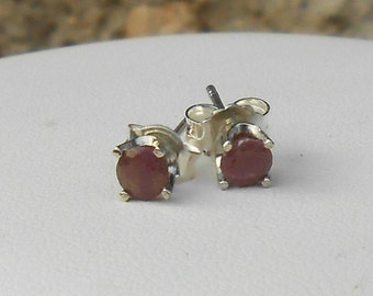 Ruby 4 mm 925 sterling silver studs