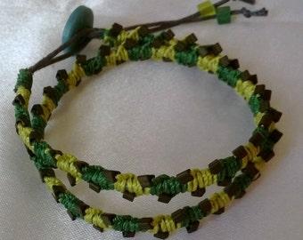 Bracelet in the garden green and light green