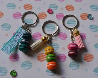 Multi delicious macaroons keychain