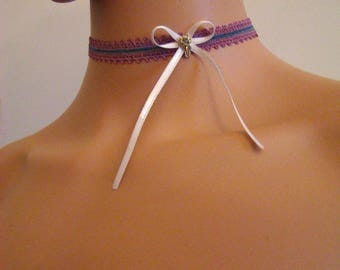 crew neck old pink and blue satin ribbon with a Ribbon and rhinestones