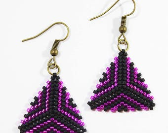 Handmade Black and Pink Beaded Pattern Peyote Triangle Earrings New Style Dangle Dark Colored Earrings