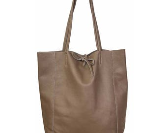 Woman leather tote bag, beige