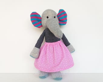 Handmade plush toy//Stoffmaus for children made of cotton, filled with sheep's wool and organic wool//Children's Gift