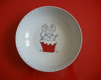 """Porcelain plate from Limoges kids decorated with a """"mouse so yummy!"""""""