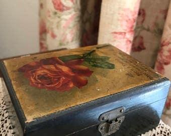 1920's wooden trinket box