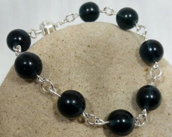 Midnight Blue Round Glass Beaded Link Bracelet with Magnetic Clasp