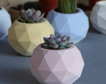 Pot de fleurs géométrique Saint-Malo / Concrete planter / Cache-pot en béton / Jardinière / Artisanat Bretagne / Cadeau