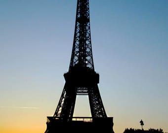 4x6 Downloadable Eiffel Tower Sunset Photo