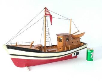 VERY large boat 28 in. wood vintage