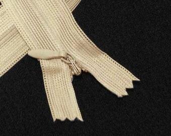 """16"""" inches 40cm invisible nylon hidden zipper zips zip close end doe closure Beige (yinsin- zip-16in-beige)"""