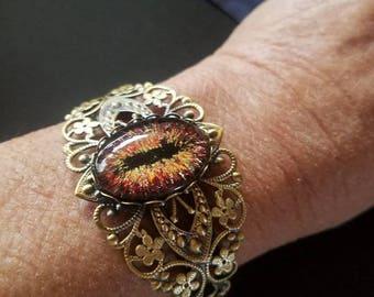 Red Dragon Eye Bracelet