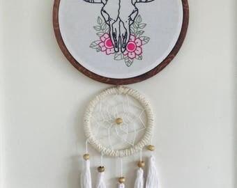 Hand Embroidered Buffalo Skull w/Dreamcatcher Wall Art!
