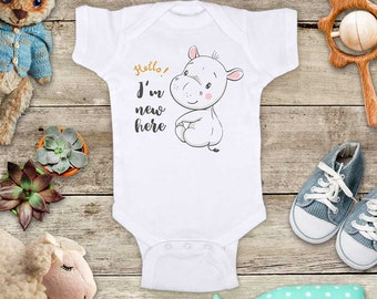 Hello I'm new here baby hippo hippopotamus cute Baby bodysuit - baby shower gift baby birth pregnancy announcement