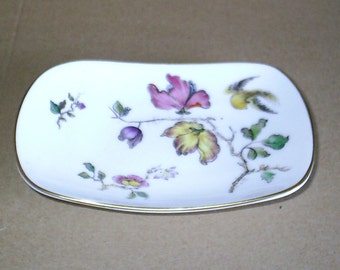 Wedgwood Swallow Curved Oblong Tray
