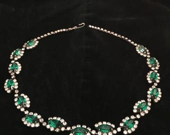 1950's Emerald Green Marquise Cut Rhinestone Necklace/choker