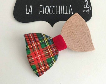 FIOCCHILLA Wooden Staple Brooch