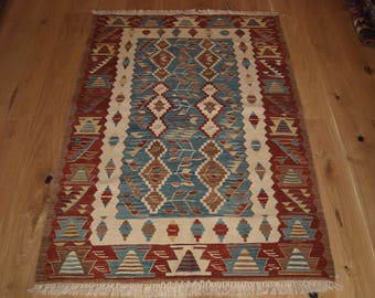 Beautiful Handmade Turkish Kilim, 170 x 118cm, Made With Hand Spun Wool & Natural Dyes