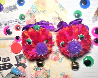Deco Pom-pom earrings