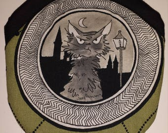 Travel Earring or Earbud USB Pouch Padded Case - Ghastlies Grumpy Cat Sebastian