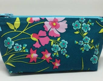 Floral Zippered Pouch in Teal