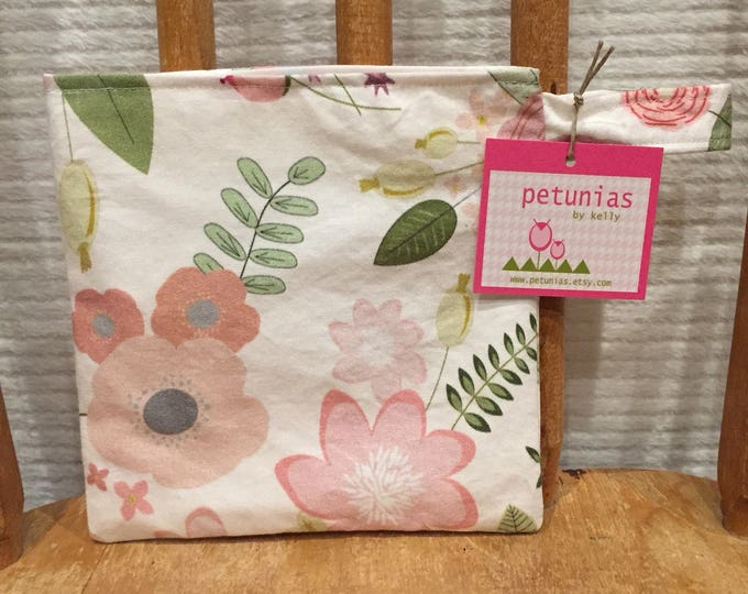 Reusable Little Snack Bag - pouch adults kids hiking eco friendly by PETUNIAS
