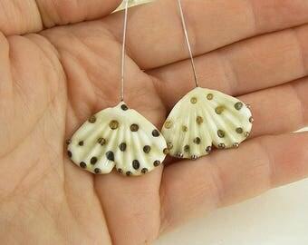 sra artisan lampwork glass ginko leaf headpins flameworked pattylakinsmith patty Lakinsmith matched pairs ivory gold handmade