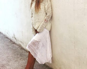 Ivory white loose knit slouchy sweater,