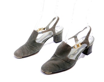 Size 8 // Vintage Socialites Shoes// Gray Suede Golden Details Shoes// Chunky Heels Slingbacks// 206