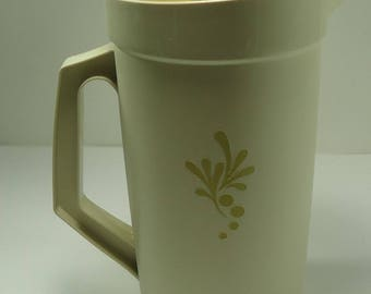 Tupperware Harvest Gold 2 Quart Servalier Pitcher With Push Button Seal For Freshness -