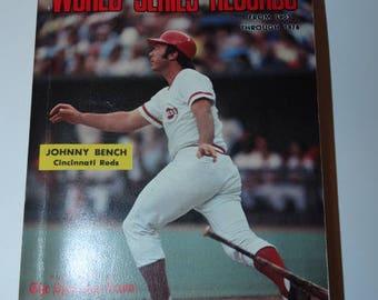 1976 Official World Series Record Book, Johnny Bench, Cincinnati Reds, Sports Memorabilia, Baseball, Bat, 1903-1976, Base Running, Series