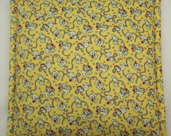 """Catnip Pillow - Cat Mat - Gifts for Cats - 1930's Kittens with Ribbons  - Cushy Yellow Pet Bed for the Retro Cat - 16 3/4"""" x 16 3/4"""""""